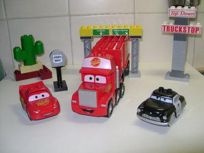 Macks lange rit van Cars